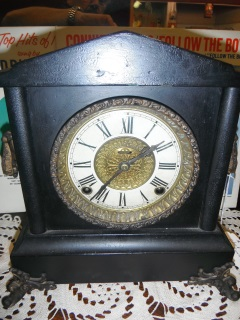 Ingraham clock Runs good $79
